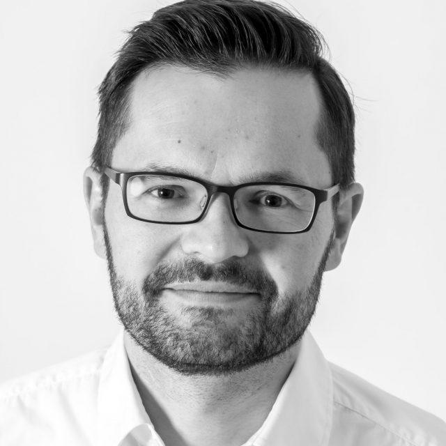 Dr. Thomas Rädisch